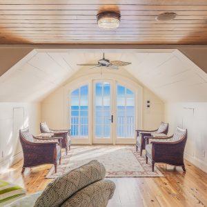 Top 5 Beach House Flooring Options