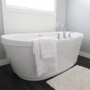 Pros of Adding a Freestanding Tub to Your Bathroom