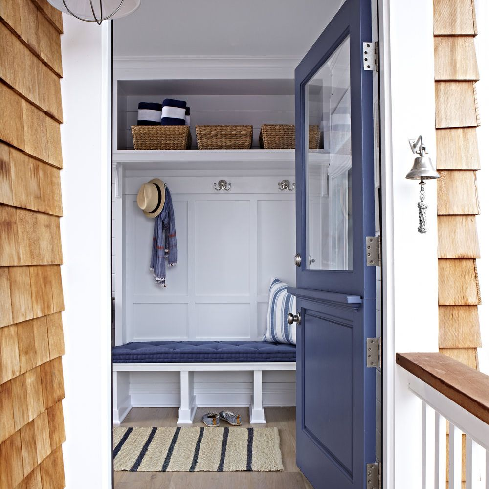 Read more about the article Coastal Front Door Exterior Colors